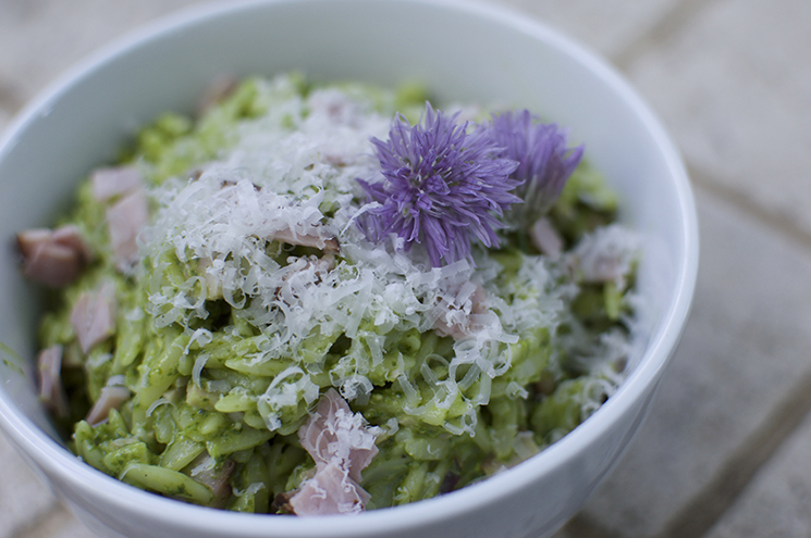 pesto orzo chive flower